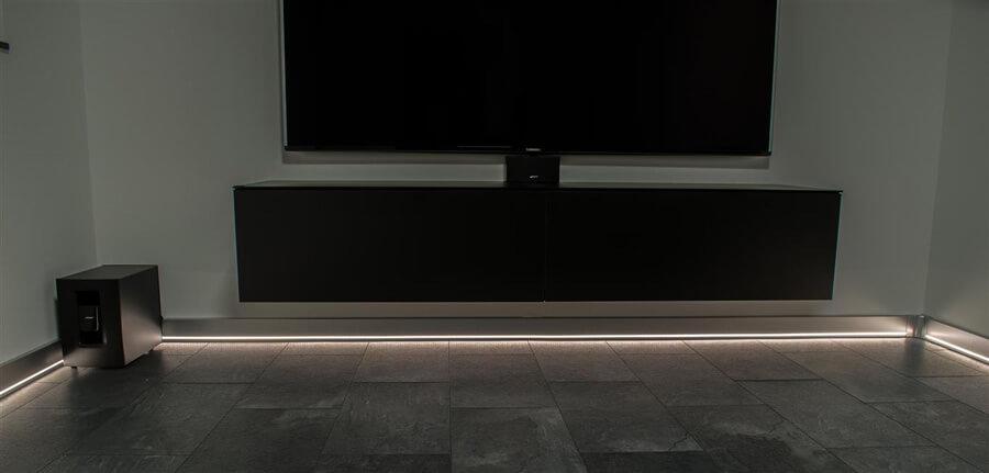 Plintgoot met ledverlichting - Buijs Elektra ...