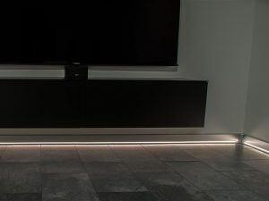 LED verlichting plintgoot woonhuis Beuningen