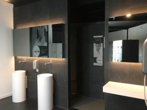 LED Verlichting achter spiegel
